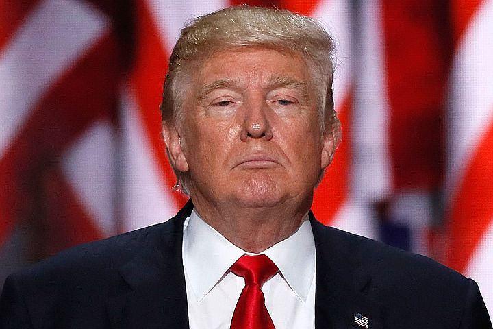 «Мадам президент»: Newsweek все-таки принял решение сделать президентом Клинтон