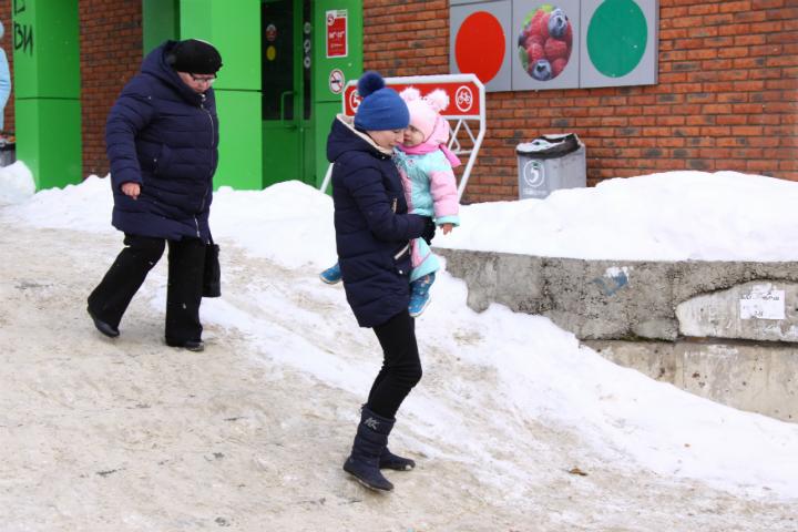 Ижевчане жалуются, что по городу невозможно ходить