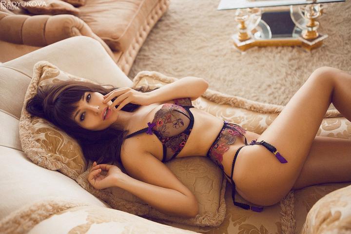 Красавица частенько балует поклонников откровенными фотографиями. Фото: страница Вконтакте Марии Лиман.