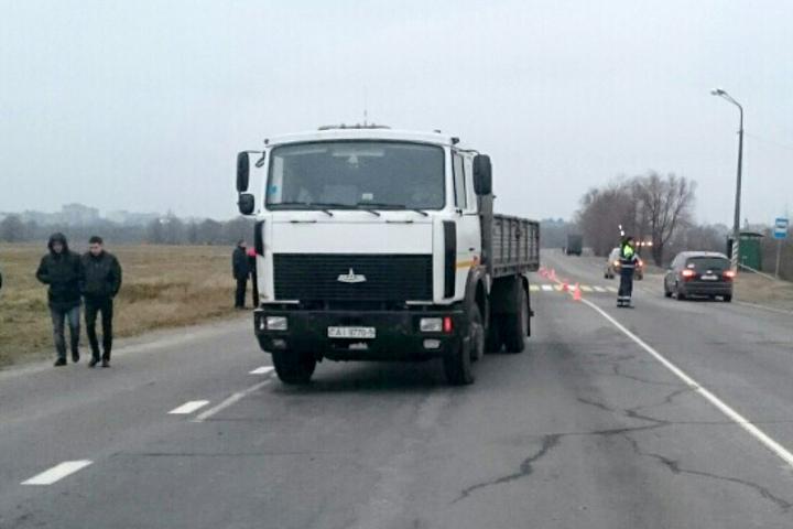 В Борисове на зебре МАЗ сбил насмерть мать и дочь. Фото: СК