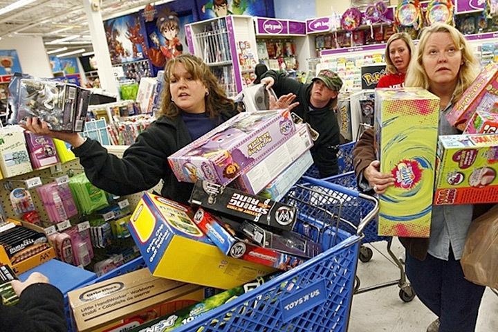 «Черная пятница» – традиционный день глобальных мега-распродаж. Фото: с сайта amic.ru
