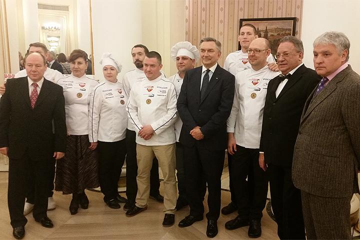 Официальная церемония открытия прошла в российском посольстве в Мадриде при участии посла РФ Юрия Корчагина.
