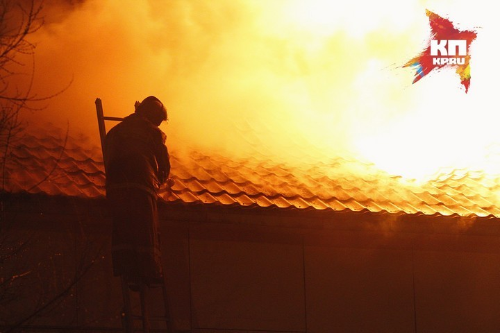 Двое детей сгорели вквартире: бабушка гостила усоседей