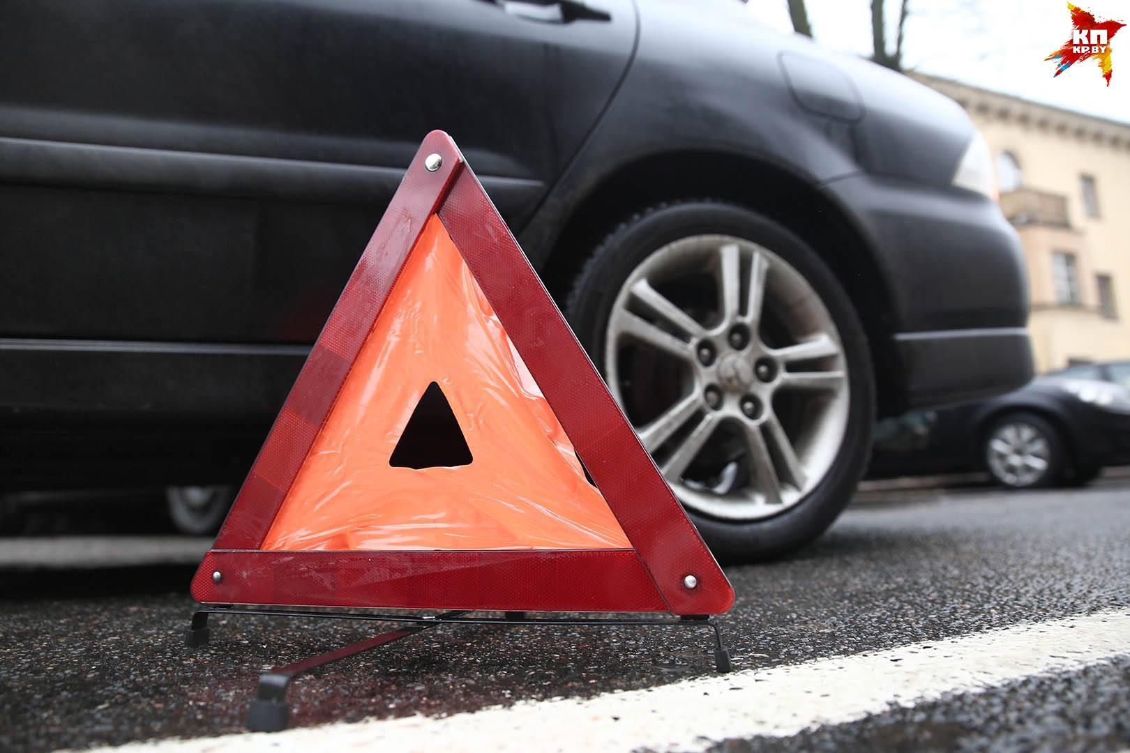 Toyota сбила коляску с 11-месячным ребенком: мальчик выпал на асфальт.