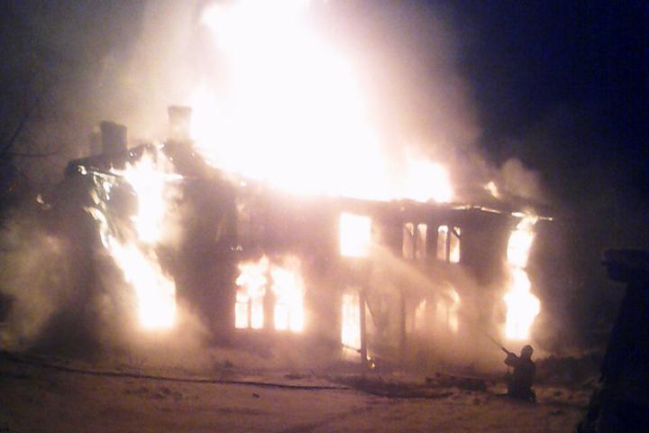 ВВытегре из-за пожара 20 человек остались без крова