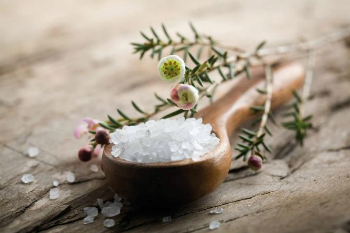 Помимо самой соли, планируется производство полезных смесей из нее с водорослями и ягодами Фото: sufrem.az.