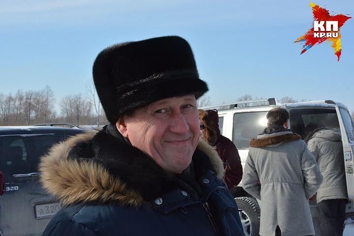 Мэр Новосибирска призвал городских жителей плакаться нанечищенные дворы