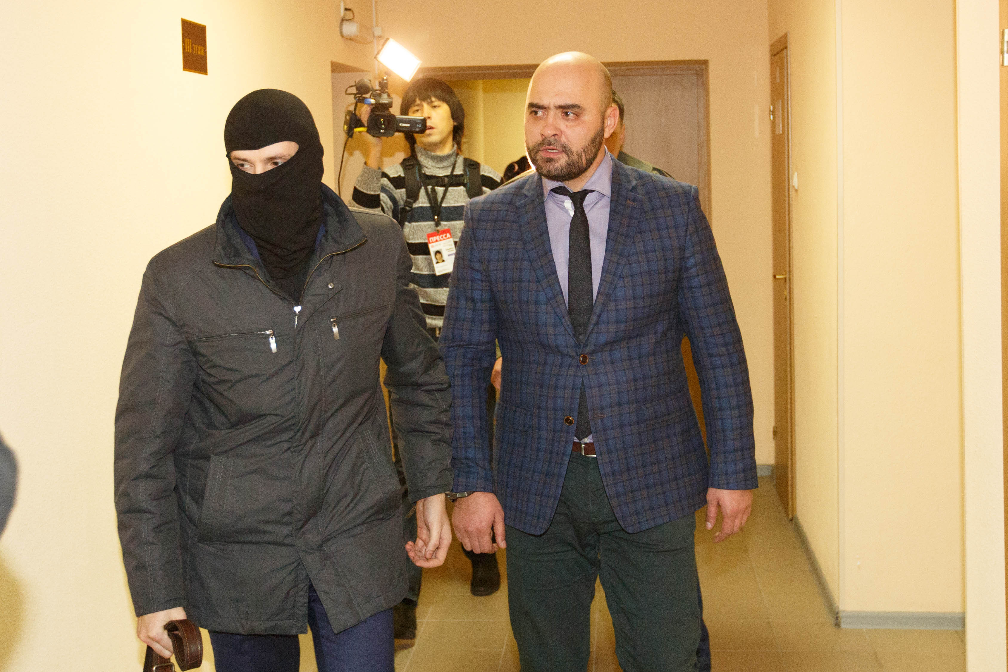 Суд вПетербурге арестовал офицера управления собственной безопасности МВД Юрия Тимченко