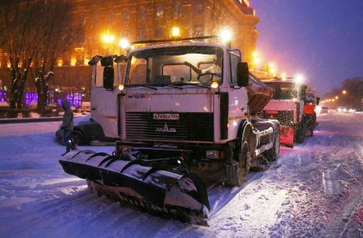 Неменее 70 единиц специальной техники работают на трассах Волгограда