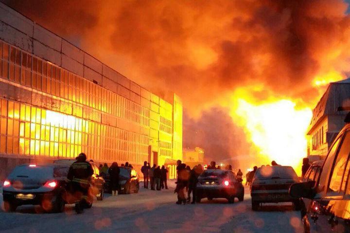 В коммерческом центре вУфе произошел пожар
