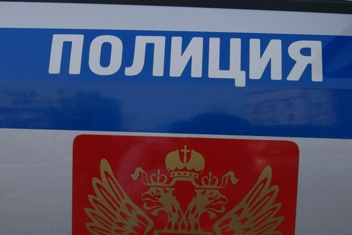 Жительницу Хабаровского края ограбили вподъезде дома