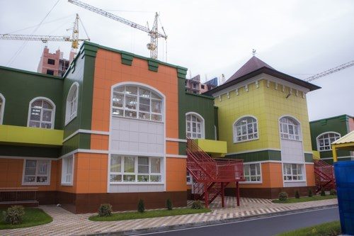 Новейшую школу идетсад впоселке Знаменском начнут строить в 2018-ом