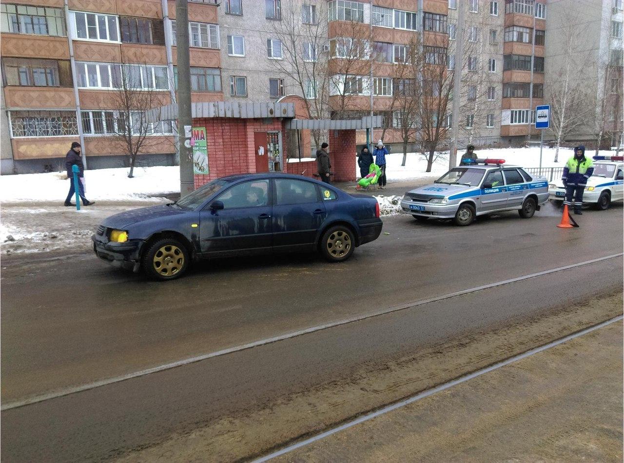ВОрле сбили пассажира трамвая, когда онвыходил наостановке