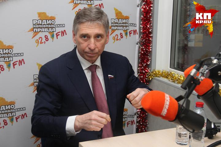 Корреспонденты устроили мэру Нижнего проверку наполиграфе