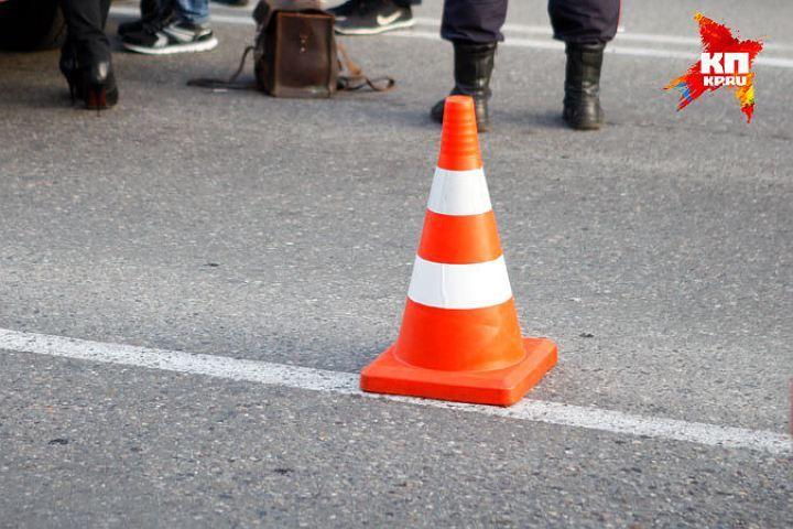 На Сахалине машина скорой помощи столкнулась с грузовиком: погибло пять человек