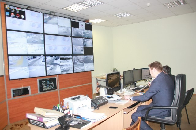 ВЯрославле работники ГИБДД смогут управлять светофорами