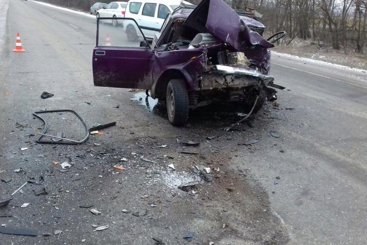 Два человека погибли вДТП натрассе Ростов— Волгодонск