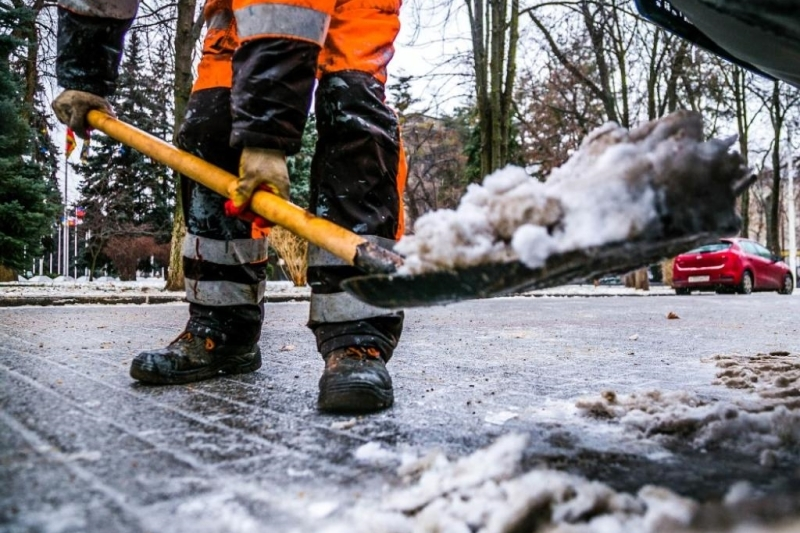 Затри дня 62 человека получили переломы иушибы— Гололед вКраснодаре