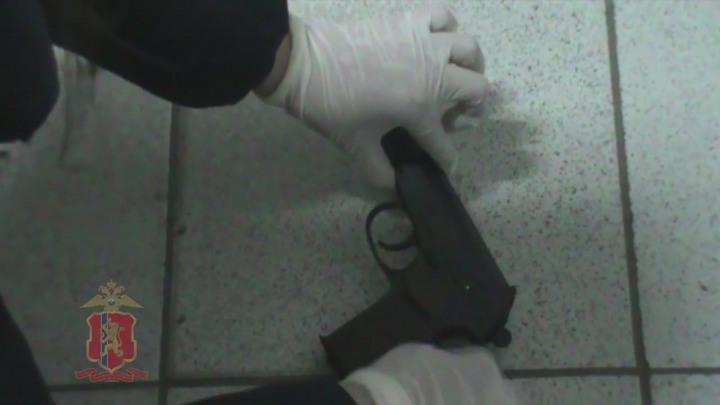 ВКрасноярске схвачен мужчина, пытавшийся ограбить два банка