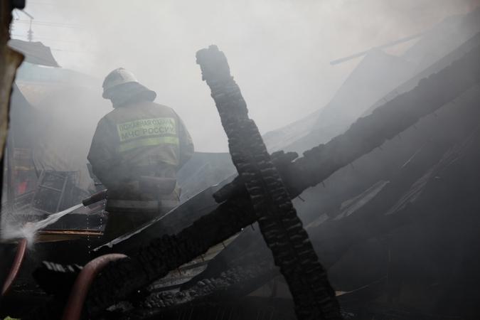 ВКраснодаре впожаре в личном доме погибли ребенок ипенсионерка
