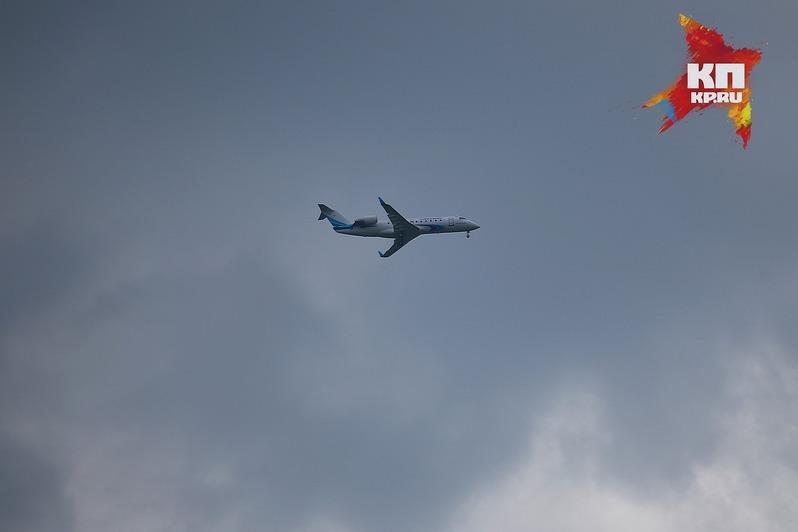 Ваэропорту Красноярска экстренно сел самолет, летевший вШанхай