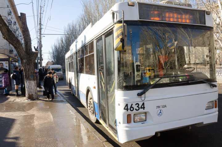 Волгоградцы смогут использовать транспортную карту как проездной