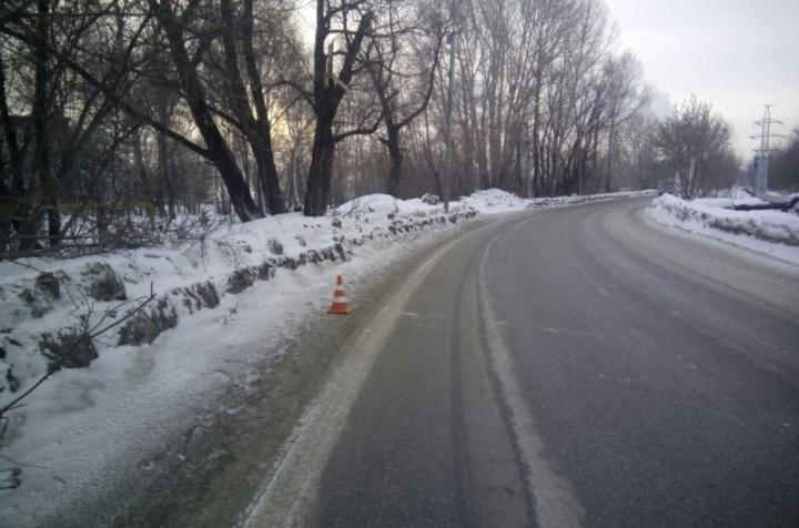 Полицейские задержали водителя, который сбил 2-х молодых людей вНовосибирске