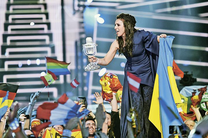 Кто поедет наЕвровидение-2017 от Российской Федерации: возникла новая фаворитка