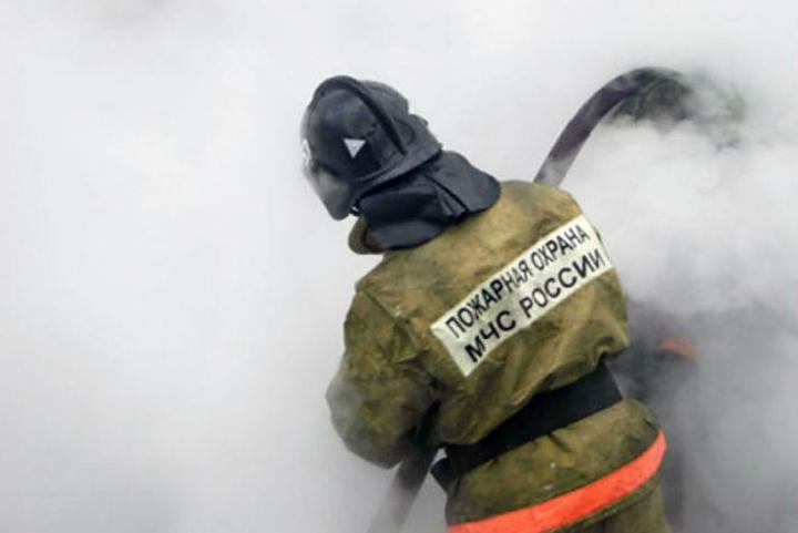 ВХабаровске вмногоэтажке после хлопка газа начался пожар