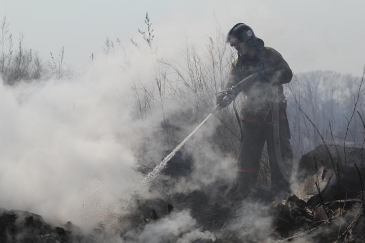 Мать с 2-мя детьми погибла при пожаре вжилом доме под Иркутском