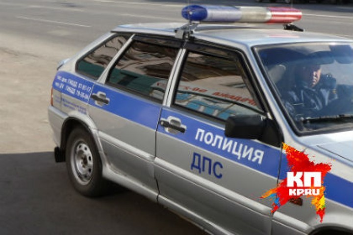 Натрассе вОмской области 24-летнего молодого человека сбили два раза подряд