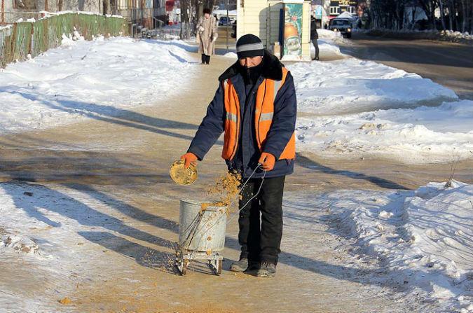 Петербуржцы стали реже травмироваться наскользких трассах