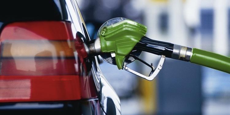 ВОренбурге занеделю бензин поднялся вцене на 20 копеек