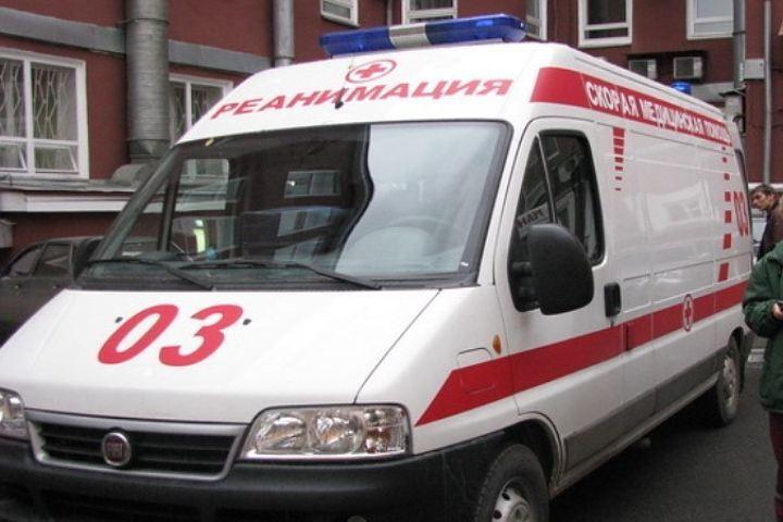 Столкновение минивэна ииномарки вКузбассе: пострадал человек