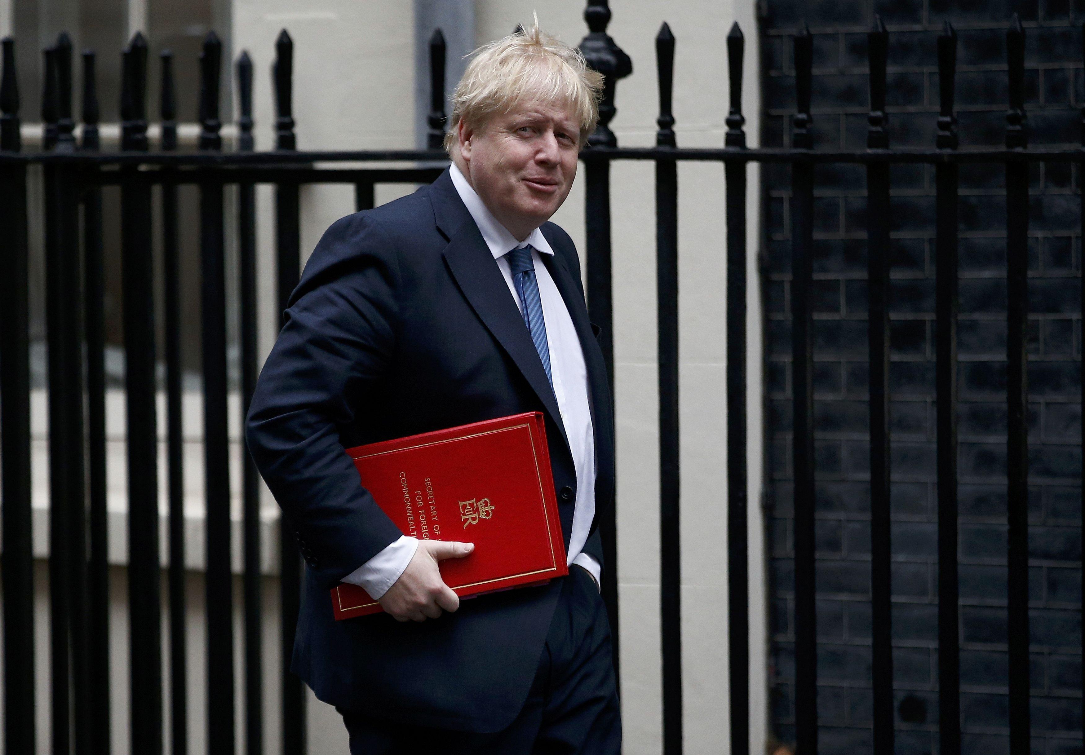 Руководитель МИД Великобритании Джонсон сделал новое объявление о«хакерских атаках» из РФ