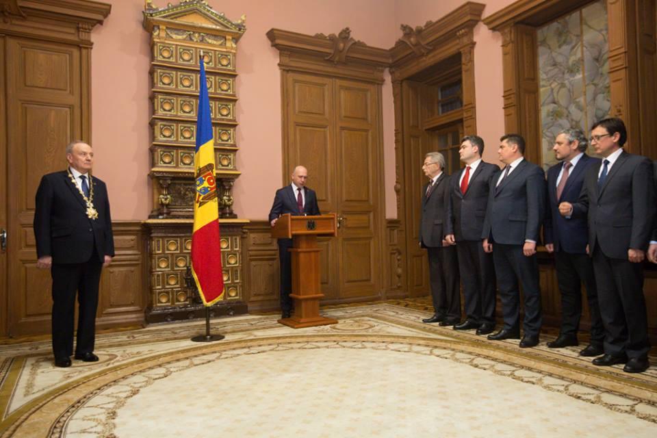 Президент Тимофти и новый кабинет министров.