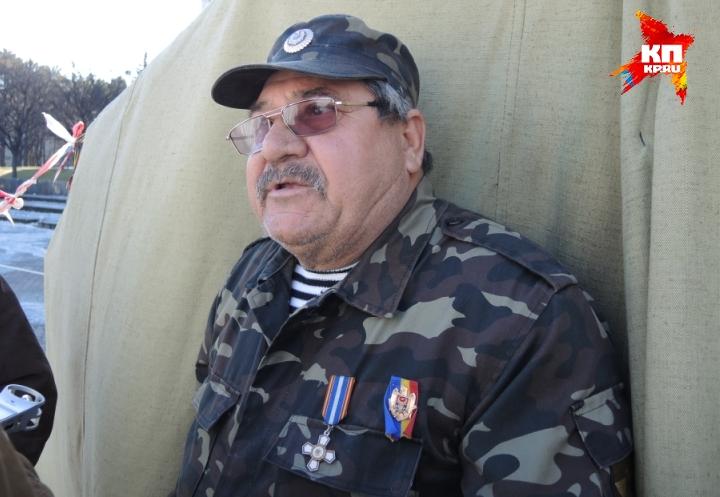 Виктор считает, что мирным путем молдавскую проблему не решишь Фото: Дарья АСЛАМОВА