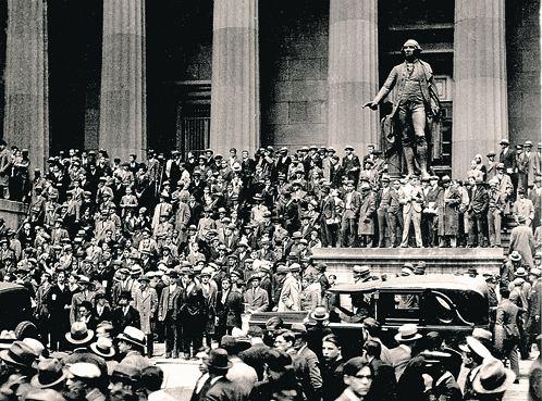 Великая дерессия так шибанула американцев, что они безропотно расстались с золотом.