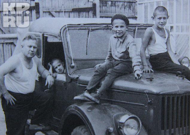 Минниханов никогда не пользовался служебной машиной отца Фото: из личного архива