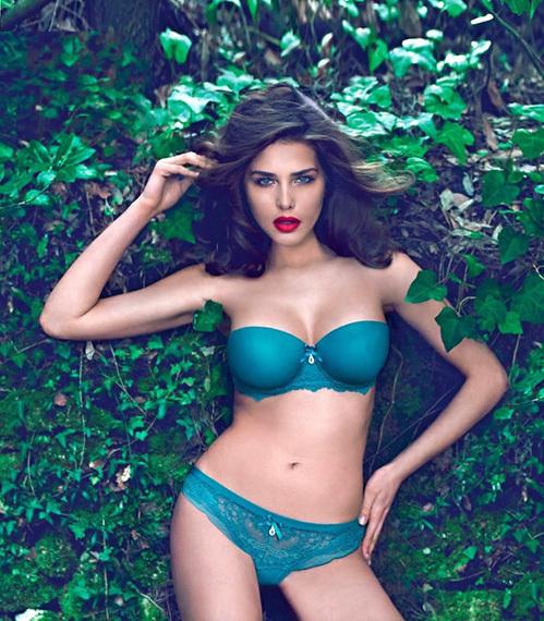 Тамара Лазич снялась в рекламе нижнего белья Intimissi, сменив нашу соотечественницу Ирину Шейк. Фото: Intimissi