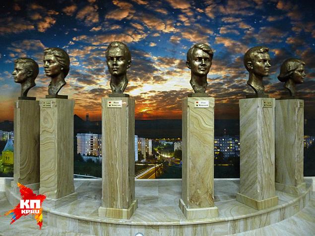 Памятник молодогвардейцам Фото: Николай ВАРСЕГОВ