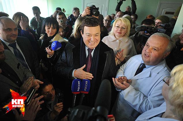 Певец и политик ехал в Донецк через руины Иловайска Фото: Владимир ВЕЛЕНГУРИН