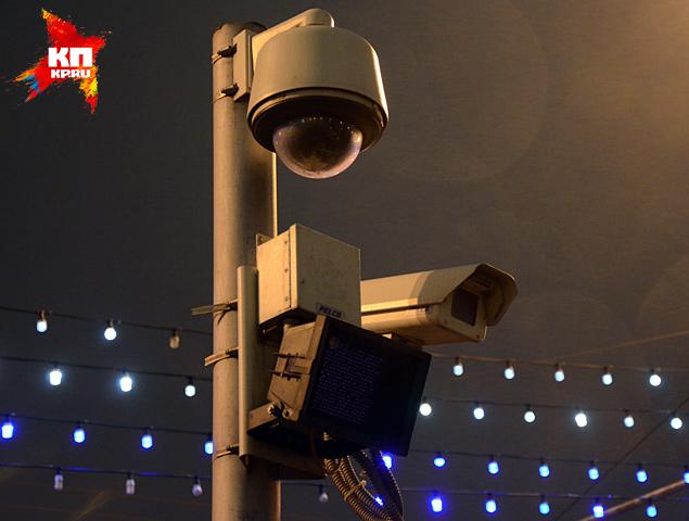 Оперативники говорят, что расправу над политиком 27 февраля в 23.30 снимали одновременно четыре видео камеры Фото: Александр БОЙКО