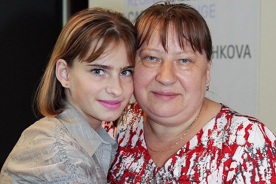 Русский парень продал маму
