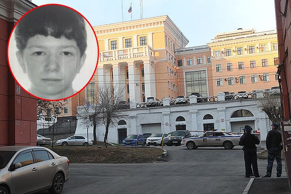 В нападении на УФСБ в Хабаровске следов теракта не найдено