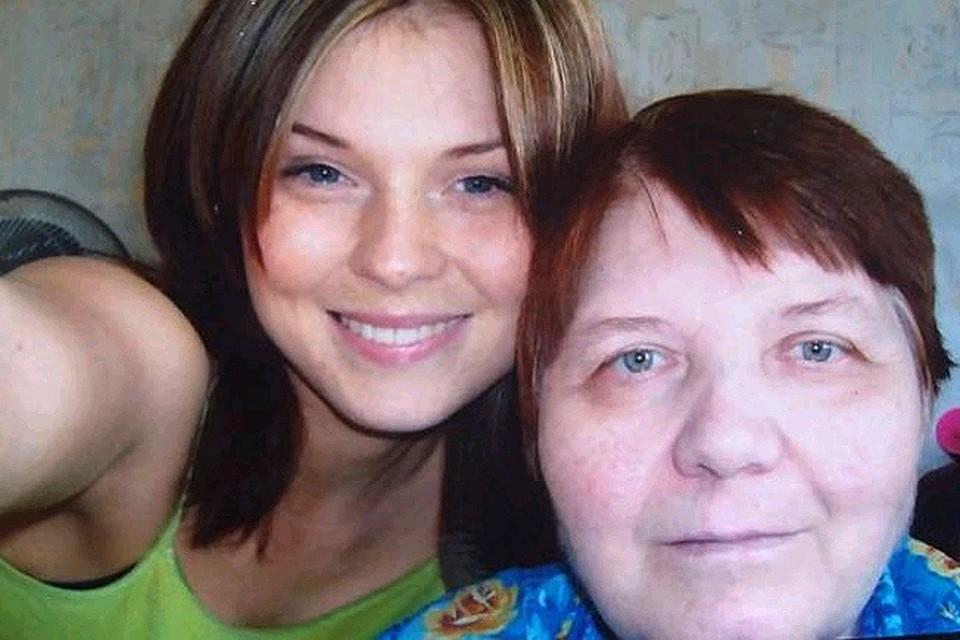 Ирина с мамой.