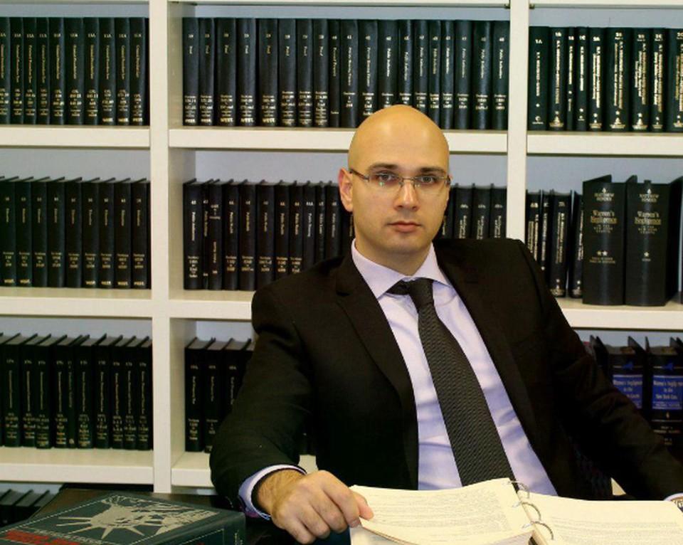 Визовый и иммиграционный адвокат Андрей Плаксин