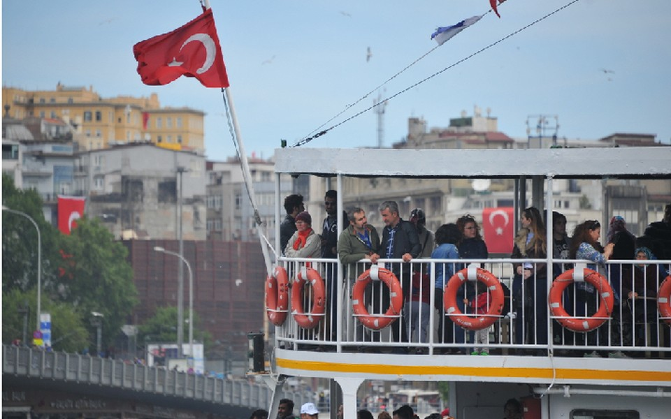 Прогулка на кораблике по Босфору - часть обязательной программы для каждого туриста, приезжающего в Стамбул.