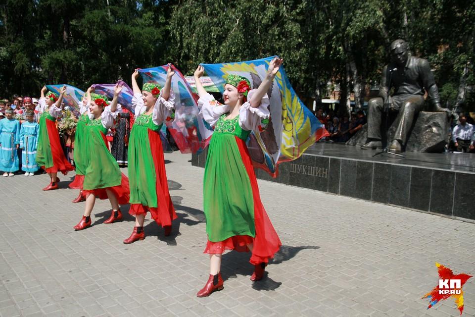 Традиционно «Шукшинские дни на Алтае» стартуют у памятника Василию Макаровичу в Барнауле
