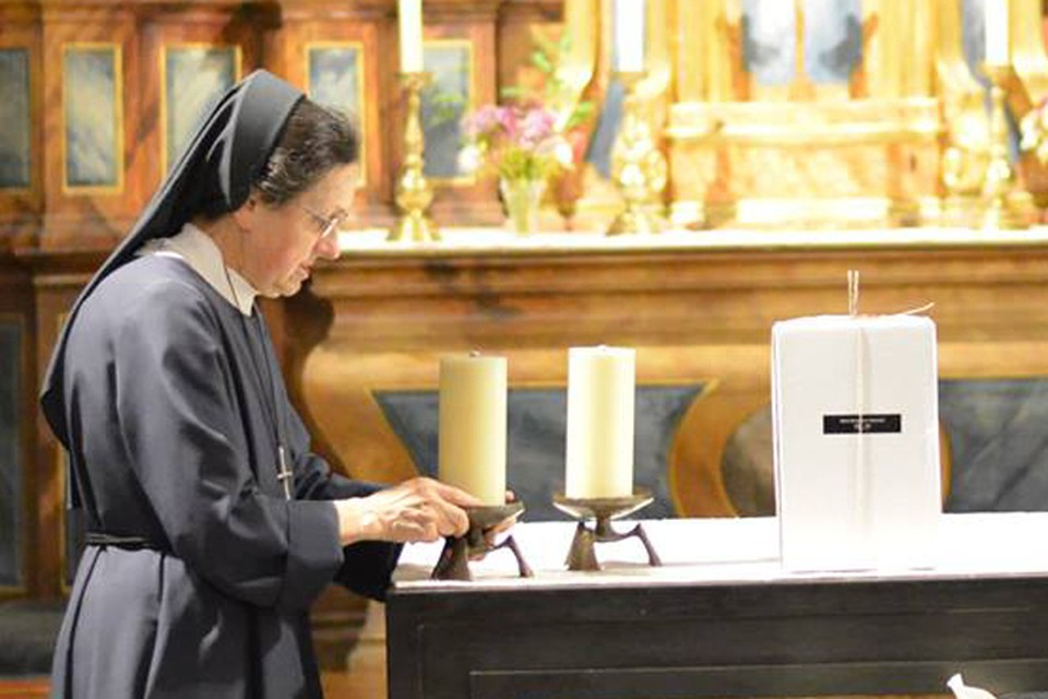 Перед отправкой в Беларусь с прахом Марии Магдалены Радзивилл прощались на специальной службе в швейцарском монастыре, где княгиня была похоронена. Фото: архив Александра САПЕГИ
